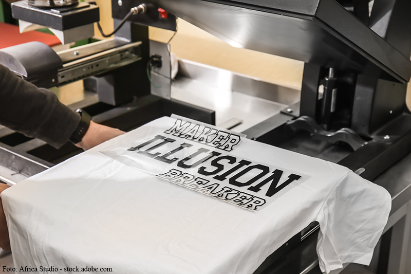 T-Shirtdruck. T-Shirts, Polos, Sweats mit Textildruck individuell bedruckt: Folienplot, Sublimation, Siebdruck